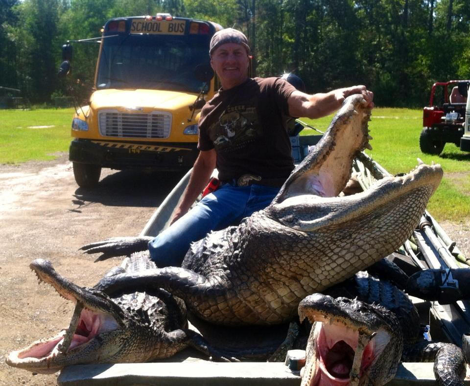 Guided Ventures Trophy Louisiana Alligator Hunts, Whitetail